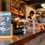 111. Atunci cand esti la munca si trebuie sa iti cumperi masa de pranz, relaxeaza-te si mananca intr-o cafenea