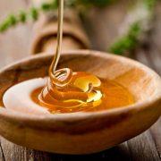 159. Foloseste mierea de Manuka pentru a curata si calma taieturi minore