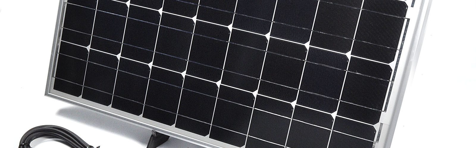 204. Utilizeaza baterii alimentate si incarcatoare solare