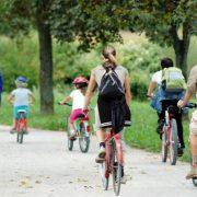 222. Utilizarea bicicletei pentru a face naveta este un alt mod bun de transport ecologic