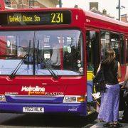 223. Bucura-te de utilizarea transportului public sau partajarea automobilului pentru a merge la locul de munca.