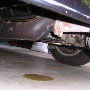 230. Daca ai gasit o scurgere de ulei la masina, incearca sa o repari cat mai repede