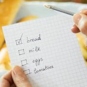 238. De fiecare data cand trebuie sa mergi la magazin, foloseste o lista cu tot ce ai nevoie