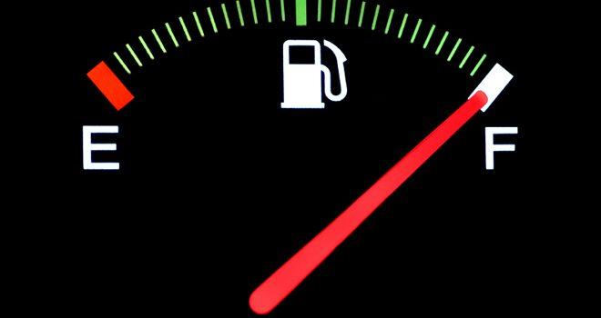 242. Nu pleca la drum cu rezervorul plin de combustibil