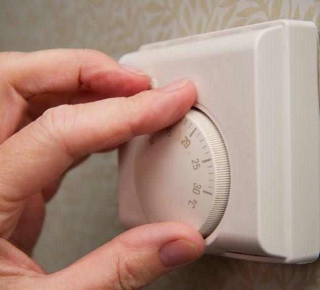 30. Seteaza termostatul mai jos cu un grad